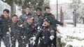 Tuyết rơi trắng Thường Châu, cầu thủ Việt Nam thích thú, 'phù thủy Park 'đau đầu'