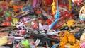 Phạt tới 10 triệu đồng khi bán súng đạn, dao kiếm nhựa... cho trẻ chơi Tết