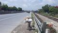 Mẹ ca sỹ Châu Việt Cường tử vong vì tàu tông lúc nhặt ve chai ở đường ray