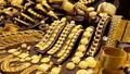 Giá vàng tăng dựng đứng, vượt mốc 43,2 triệu đồng/lượng