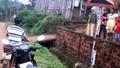 Bé trai bị nước cuốn trôi hơn 40km, tử vong