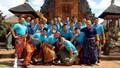 Lạ lẫm trang phục tuyển Việt Nam tại Bali trước giờ về Việt Nam