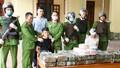 Bắt quả tang ô tô chở 45 kg ma túy trên đường Hà Tĩnh