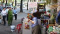 Tái khởi động 'chiến dịch' giành lại vỉa hè, lòng đường TP HCM