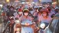 Nghỉ lễ 30/4, đông nghẹt bến xe, kẹt cứng đường Hà Nội, TP HCM