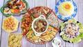 Mẹt thức ăn 11 món cầu kỳ chưa đến 200 nghìn đồng của người mẹ trẻ Hà Nội