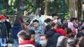 Các khu vui chơi ở Hà Nội đông nghịt người ngày đầu năm mới