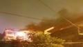 Cháy lớn trong ngõ, nhiều người dân Hà Nội hoảng loạn