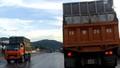 """Quảng Ninh: Ai chống lưng cho xe quá khổ """"tung hoành"""" tại cảng Cái Lân?"""