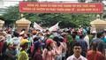 Xử lý rác ở Quảng Ngãi: Đối thoại không thành, dân tiếp tục chặn xe