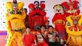 Đội múa lân chuyên đem tiếng cười cho trẻ em có hoàn cảnh khó khăn