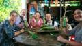 Khách Tây kể chuyện lần đầu ăn Tết Việt