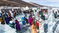 Thiêng liêng hồ nước 2 triệu năm tuổi ở Mông Cổ