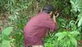 Khởi tố thợ săn bắn nhầm người làng vì tưởng thú rừng