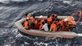 Tìm kiếm nạn nhân mắc kẹt trong tàu cá  bị chìm