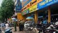 Nhân viên bảo vệ cửa hàng Điện máy xanh bị chém liên tiếp
