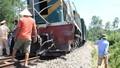 Tàu hỏa tông hai công nhân sửa đường ray
