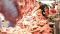 """Xử lý khủng hoảng trong """"cơn sốt"""" giá thịt lợn hiện nay"""