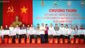 Thủ tướng dự 'Tết Sum vầy' cùng người nghèo thị trấn Vũng Liêm