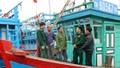 Bộ Quốc phòng tăng cường chống khai thác hải sản bất hợp pháp