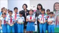 Phó Chủ tịch nước thăm, tặng quà gia đình chính sách, học sinh nghèo
