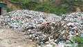 """Núi rác nhiều năm """"lưu cữu"""" tại Hà Tĩnh"""