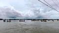 Hai học sinh tử vong khi trượt chân xuống dòng nước lũ