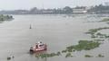 Sà lan tông chìm ghe chở đất, 1 người phụ nữ mất tích