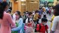 Hình ảnh học sinh các tỉnh đến trường trở lại