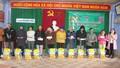 Công đoàn Cơ sở chi nhánh NHCSXH tỉnh TT- Huế trao quà tết vì người nghèo