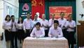 Bàn giao dư nợ 2 thôn ở huyện miền núi A Lưới cho Quảng Trị