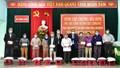 Phó Thủ tướng Trương Hòa Bình thăm hỏi và tặng quà Tết các hộ gia đình chính sách, hộ nghèo tại Thừa Thiên Huế