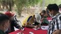 Tổ chức khai báo y tế cho hơn 1.000 người nhập cảnh