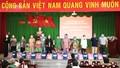 Nặng nghĩa tình hành trình Báo Pháp Luật Việt Nam mang 'ATM gạo' về Tiền Giang