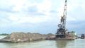 Triệt phá vụ khai thác cát trái phép quy mô lớn trên sông Tiền