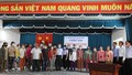Trao tặng 200 thẻ bảo hiểm y tế cho hộ dân có mức sống trung bình ở Tiền Giang