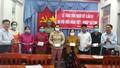 Tiền Giang: Hỗ trợ vốn nuôi dê cho các hộ khó khăn tại xã Phước Trung.