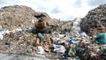 Nhà máy xử lý rác chậm tiến độ... trở thành bãi rác mới