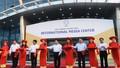 Bộ trưởng Bộ Ngoại giao dự khai trương Trung tâm Báo chí Quốc tế phục vụ APEC