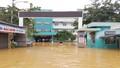 Bệnh viện Quảng Nam bị cô lập do lũ, hàng trăm bệnh nhân cần giúp đỡ