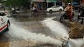 'Giải cứu' ôtô, xe máy ngập trong hầm chung cư Đà Nẵng