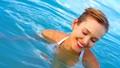 Chăm da, dưỡng tóc khi đi bơi