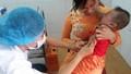 Trẻ em ở 100% xã, phường được tiêm vắc xin viêm não Nhật Bản