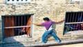 Quản giáo để can phạm bỏ trốn lĩnh 2 năm tù giam