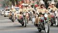 Không biết đường, không có xe đi thi, tìm CSGT Hà Nội