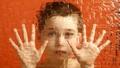 Trẻ tự kỷ đang thiệt thòi hơn trẻ khuyết tật?