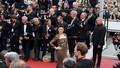 'Bóc mẽ' chuyện 'sao' Việt đi dự Cannes