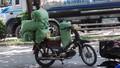 Hà Nội khó thu hồi xe máy 'quá date'?