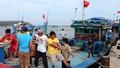 Đánh bắt hải sản ngoài vùng biển cho phép: 10 thuyền đi, chỉ 3 thuyền về an toàn