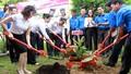 Agribank tiếp nhận món quà quý do quân dân Trường Sa tặng
